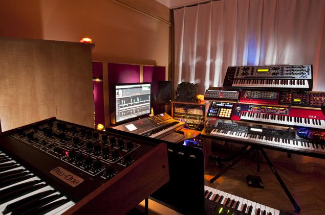 Post-Studio2